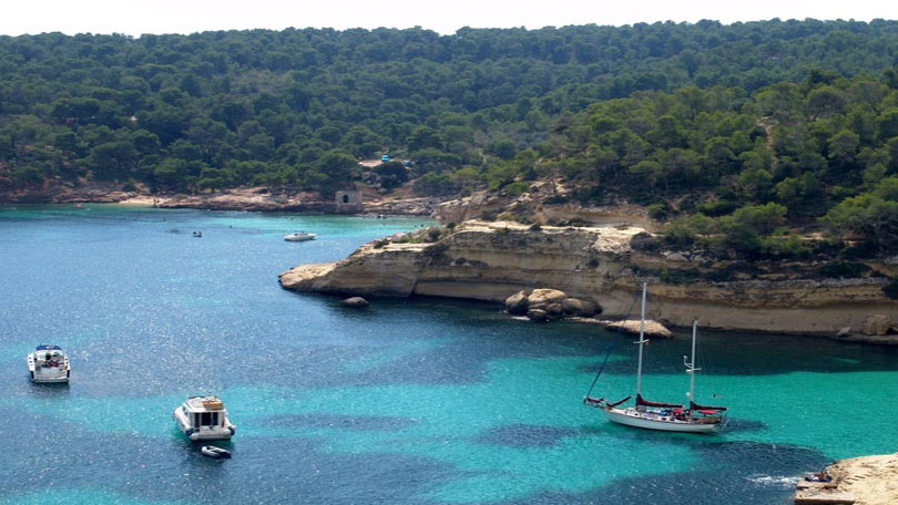 Captaindimi - Bareboat Yacht Charter & Sailing Vacations